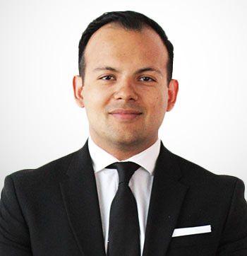 Lic. Felipe Mora