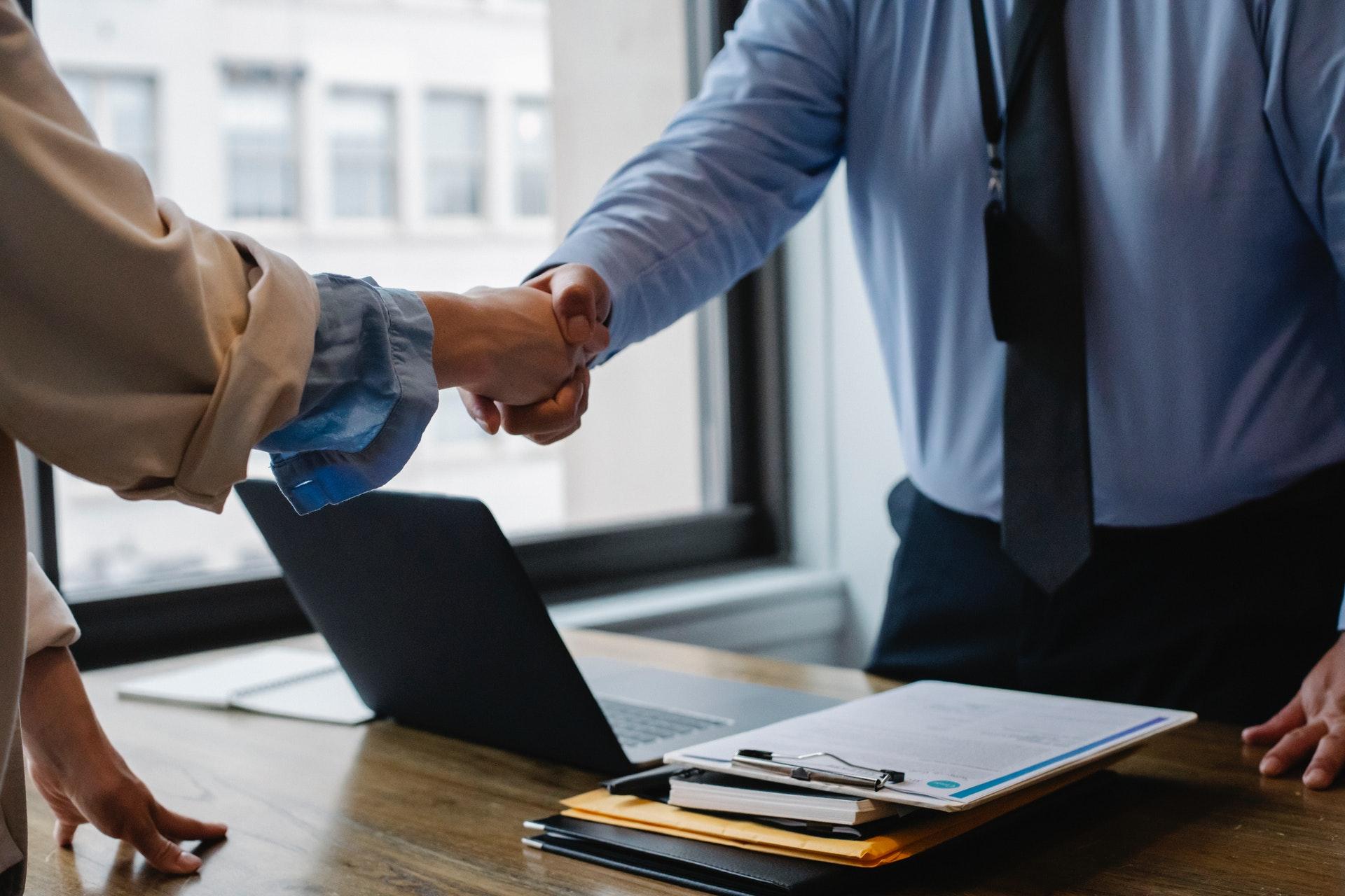 Proceso de inscripción de contratos laborales